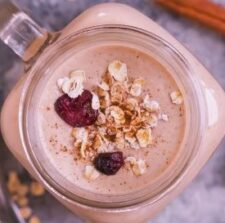 banana-smoothie-with-oats